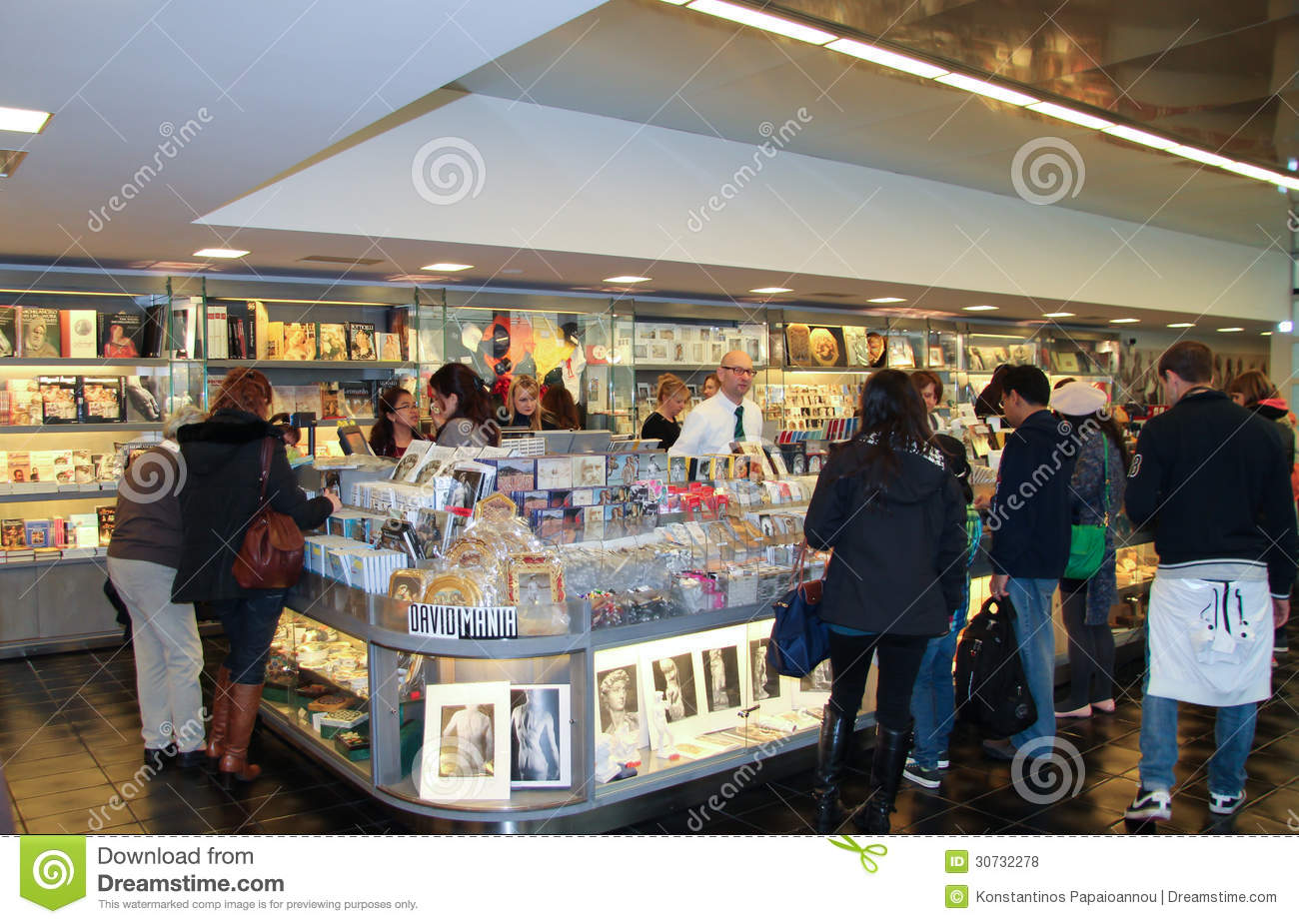 Tourist shop in florence editorial stock photo image for Dream store firenze