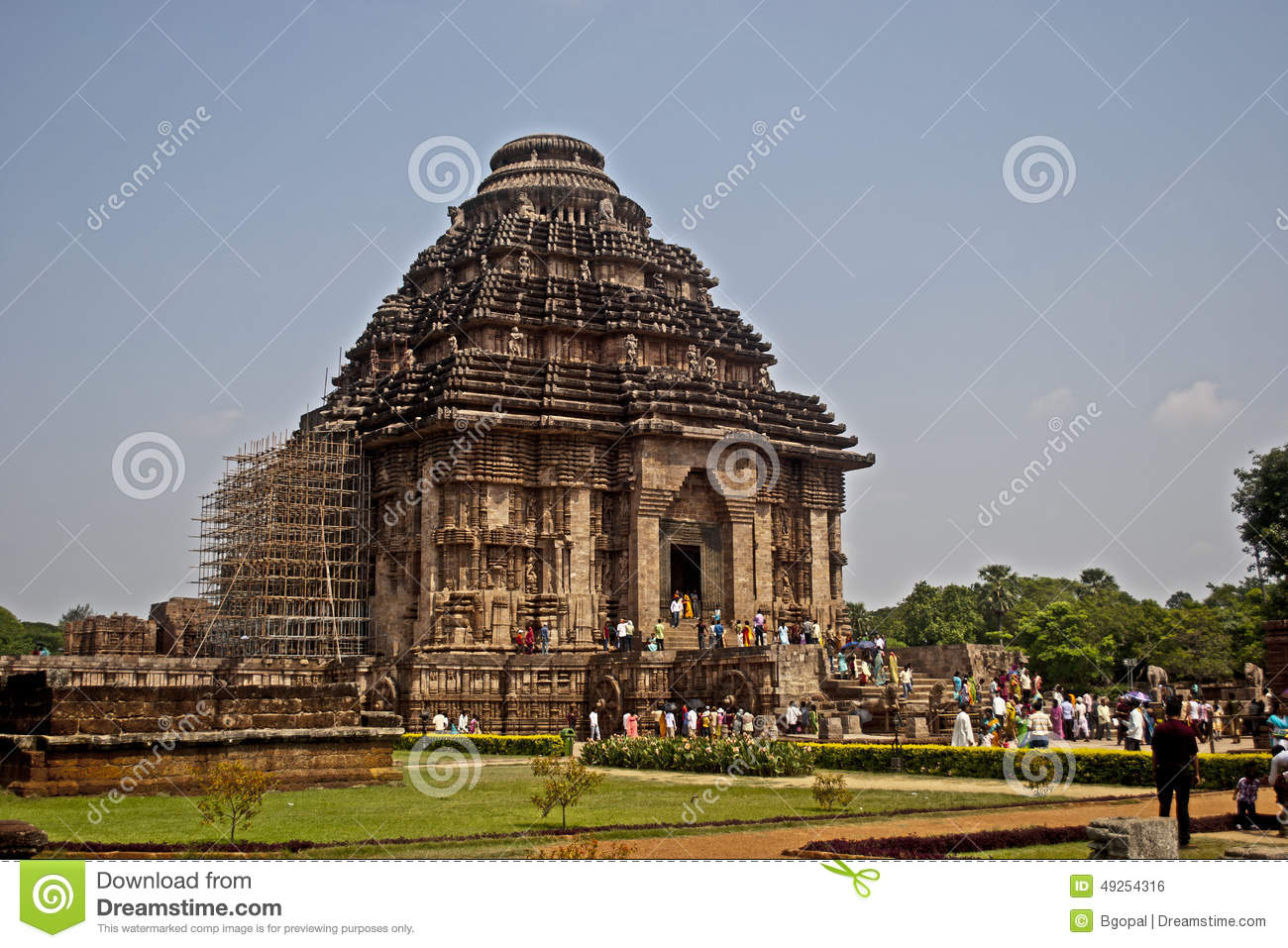 Ancient Sun Temple Of India Which Is Famous For Its Architecture Based