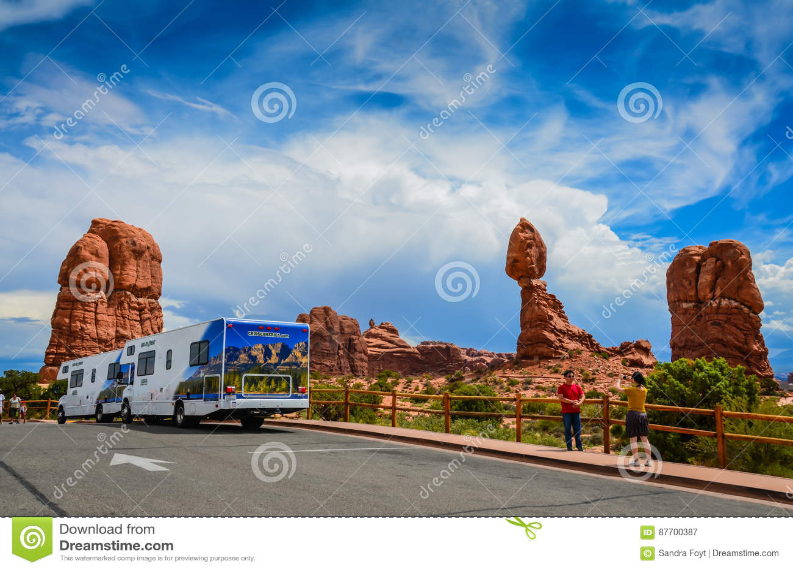 Touristes - parc national de voûtes - Moab, Utah