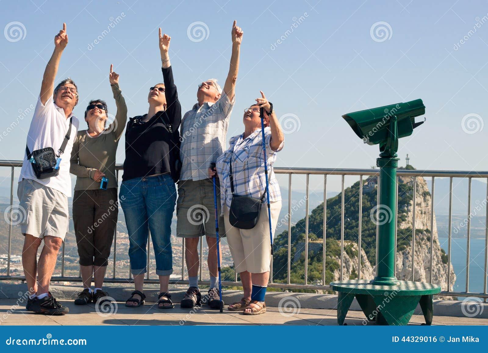 Touristes sur le rocher de Gibraltar