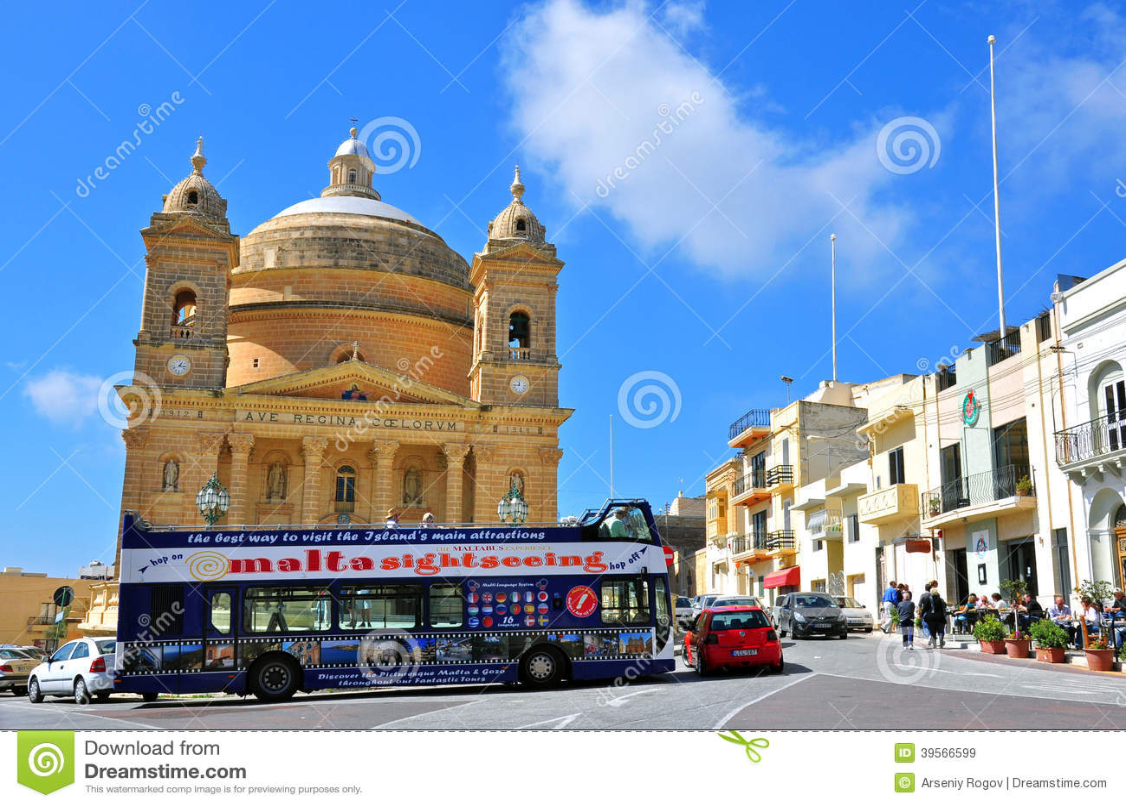 Touristic buss i Malta