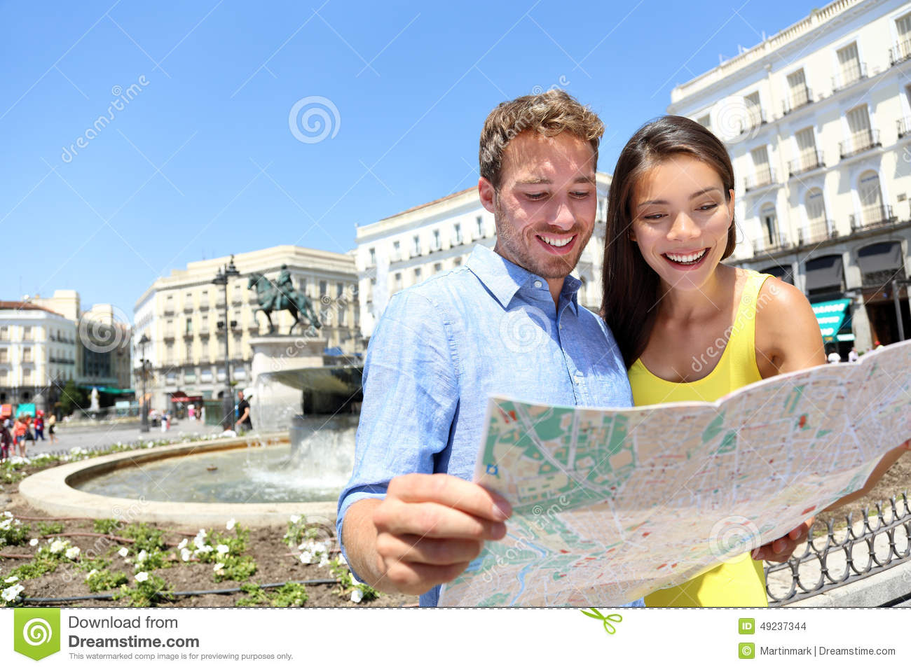 Tourists Couple With Map In Madrid Spain Photo Image – Madrid Spain Tourist Attractions Map