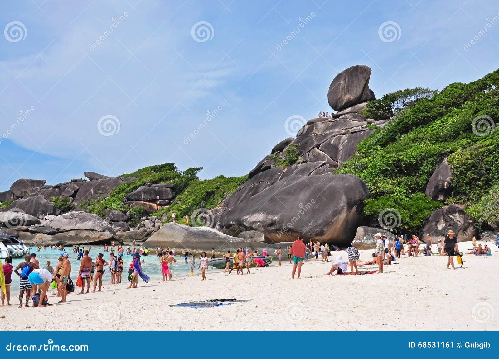 Tourists At Koh Similan Editorial Photo - Image: 68531161