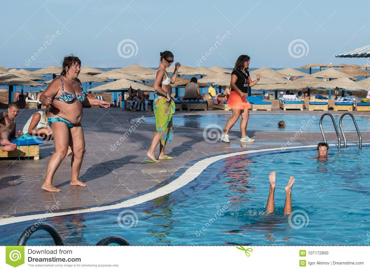 Tourists Are Sunning On The Beach In Hurghada In Egypt Editorial Image Image Of Summer Recreation 107172800