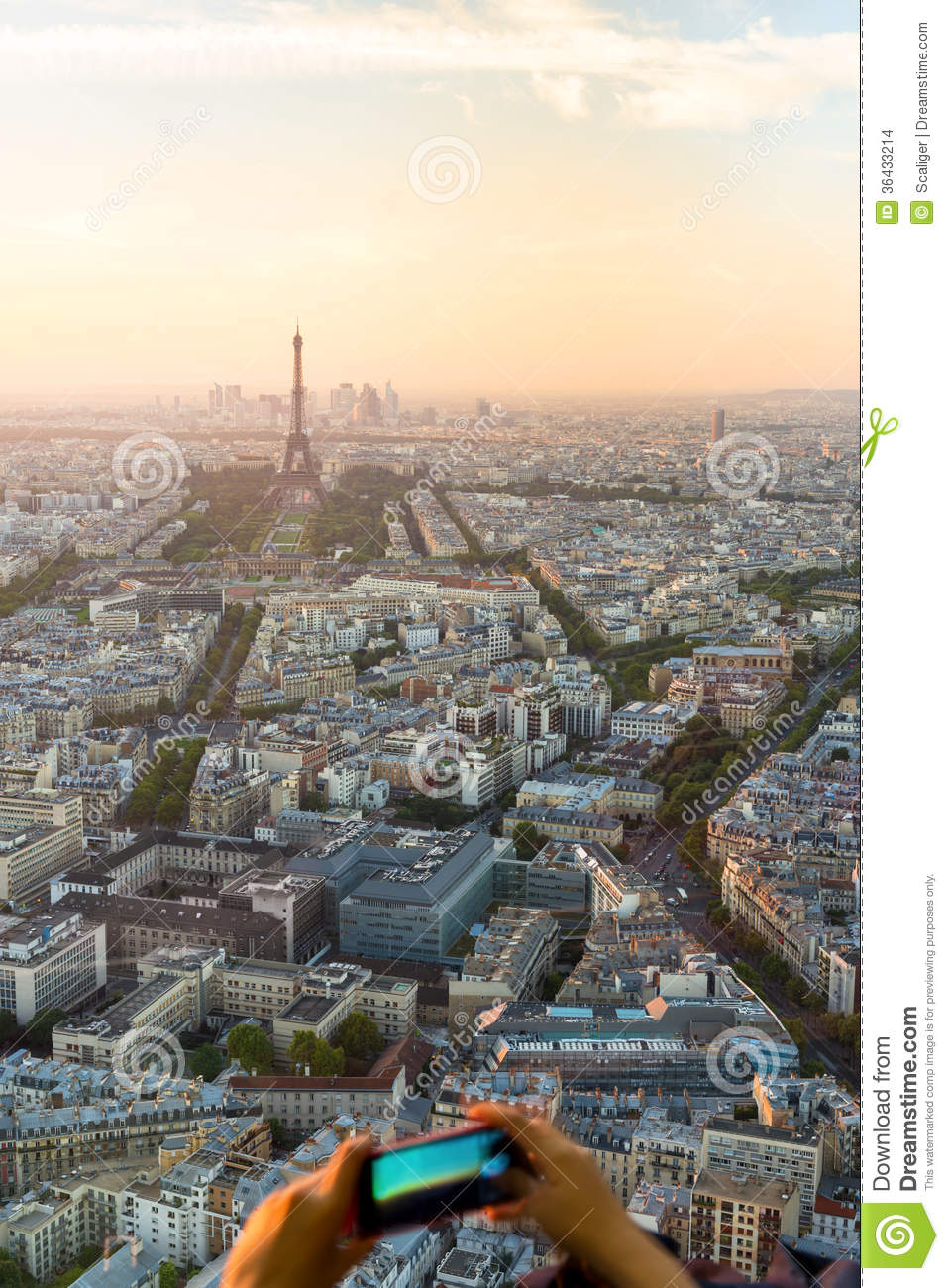 tourists take pictures of cityscape of paris on a mobile phone stock images image 36433214. Black Bedroom Furniture Sets. Home Design Ideas