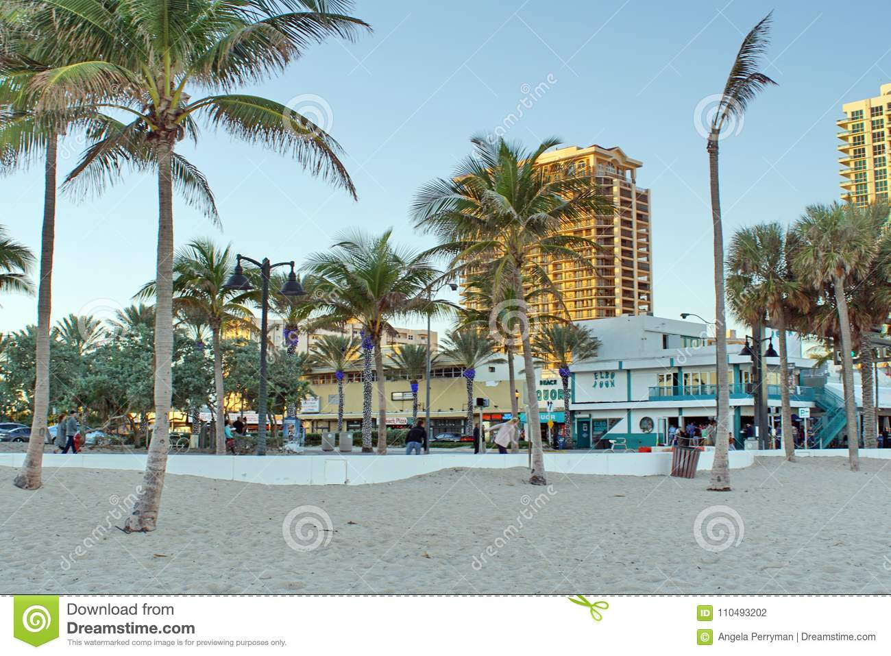Tourists On The Waterfront Strip On Fort Lauderdale Beach Editorial