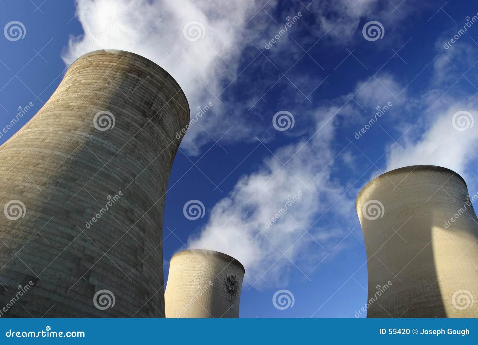 Download Tours de refroidissement photo stock. Image du pouvoir, pylône - 55420