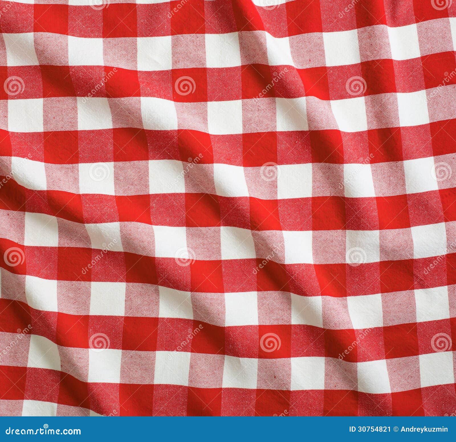 Tovaglia di tela di picnic del percalle sgualcita rosso