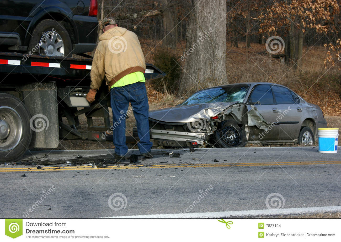 Tow Truck Driver Wrecked Auto Stock Images Image 7827104