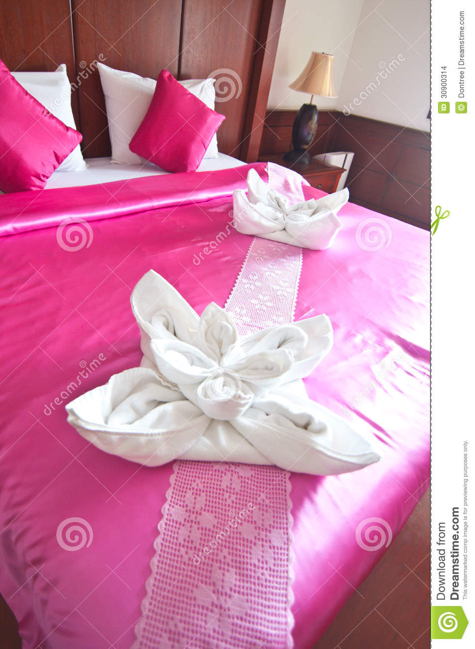 towel flowers on the bed stock images - image: 30900314