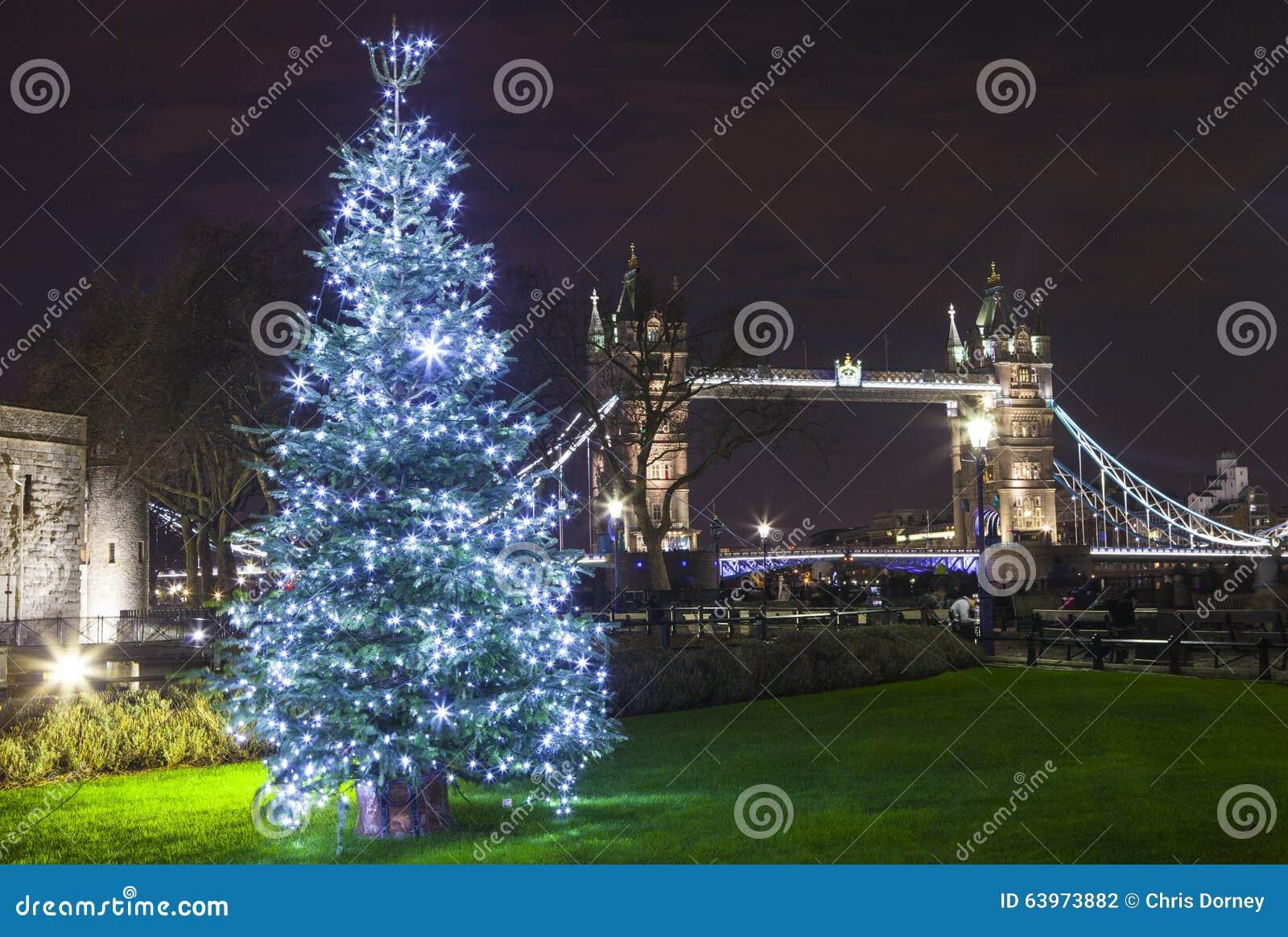 Tower Bridge At Christmas Stock Photo - Image: 63973882