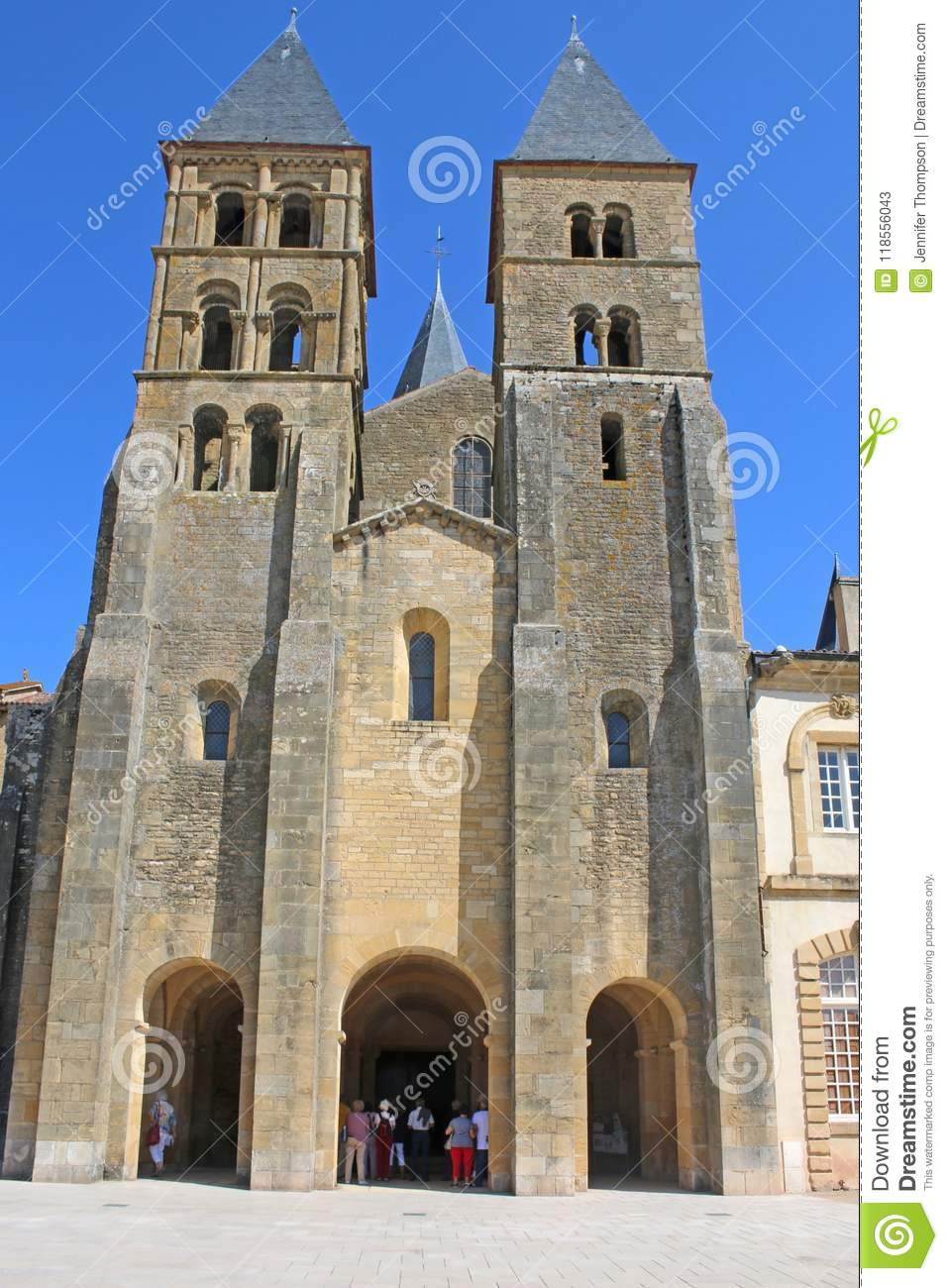 Architecte Paray Le Monial paray le monial basilica, france editorial stock photo