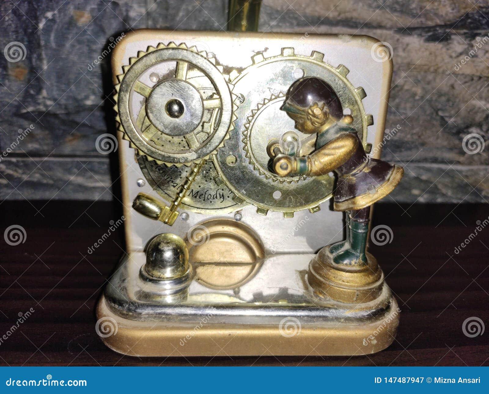 Artificial Gramophone