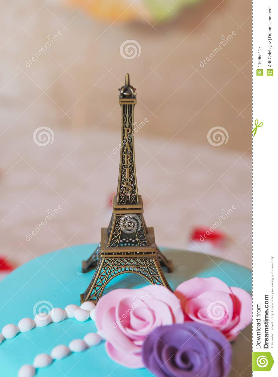 Toy Of The Eiffel Tower The Decoration And The Memory Of The