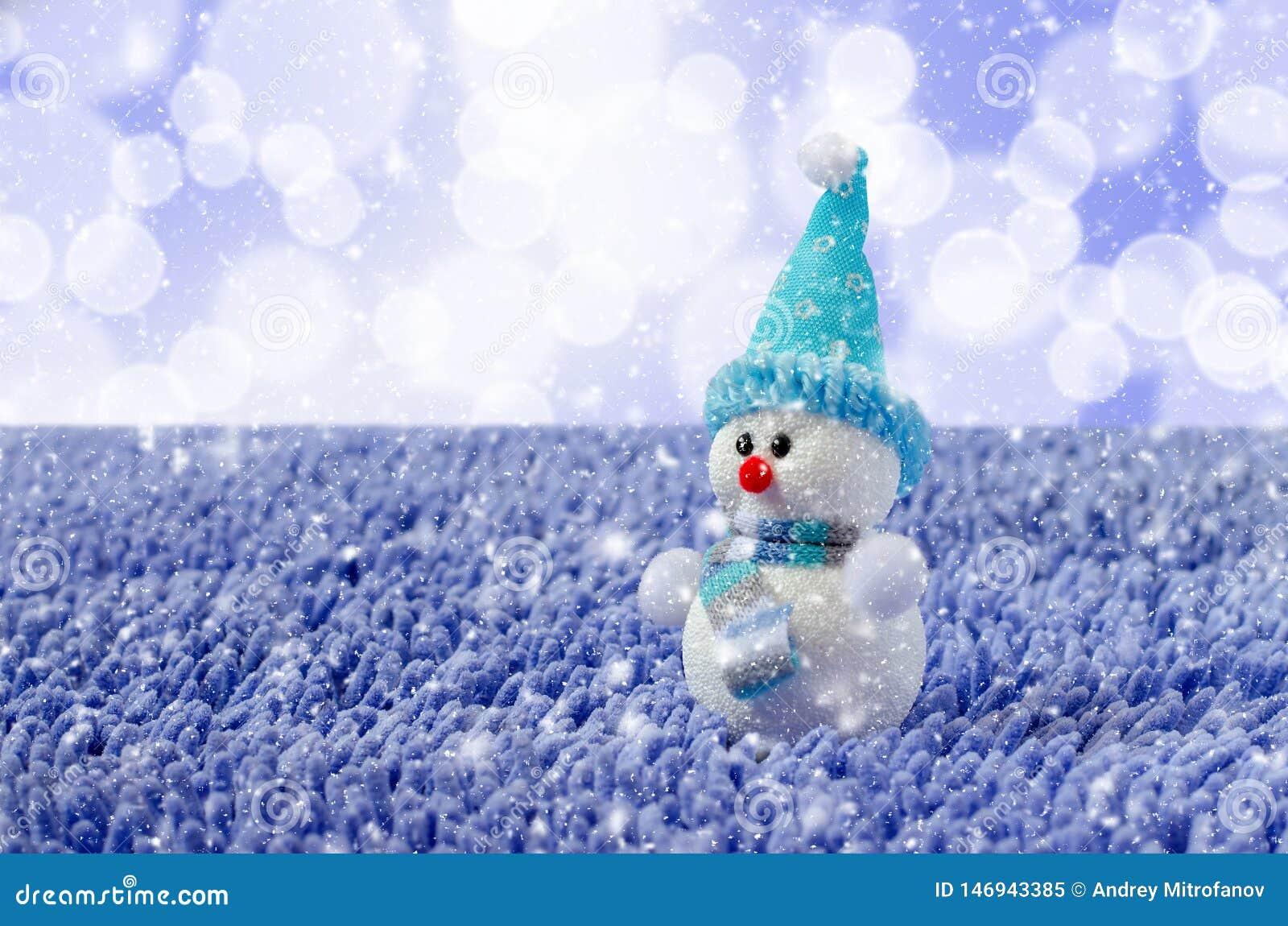 Toy Snowman met hoed en sjaal Dalende sneeuw