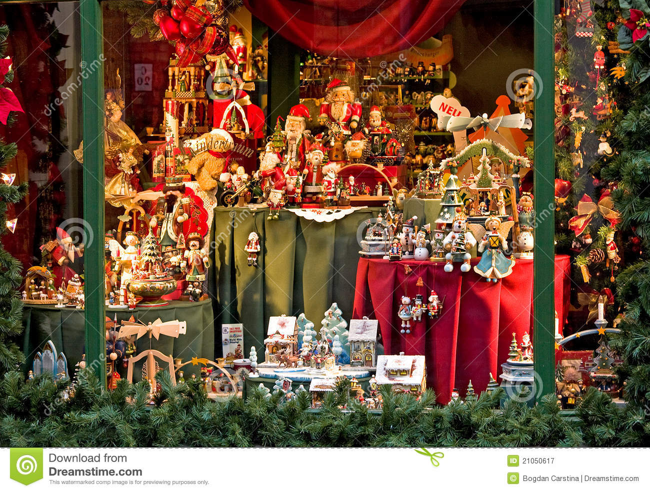 Used Commercial Christmas Decorations