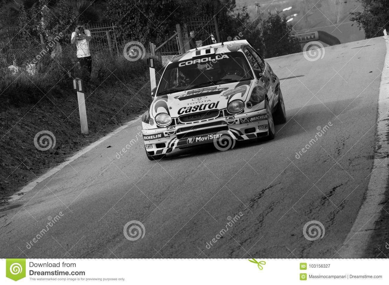 TOYOTA COROLLA WRC 1998 In Old Racing Car Rally THE LEGEND 2017 ...