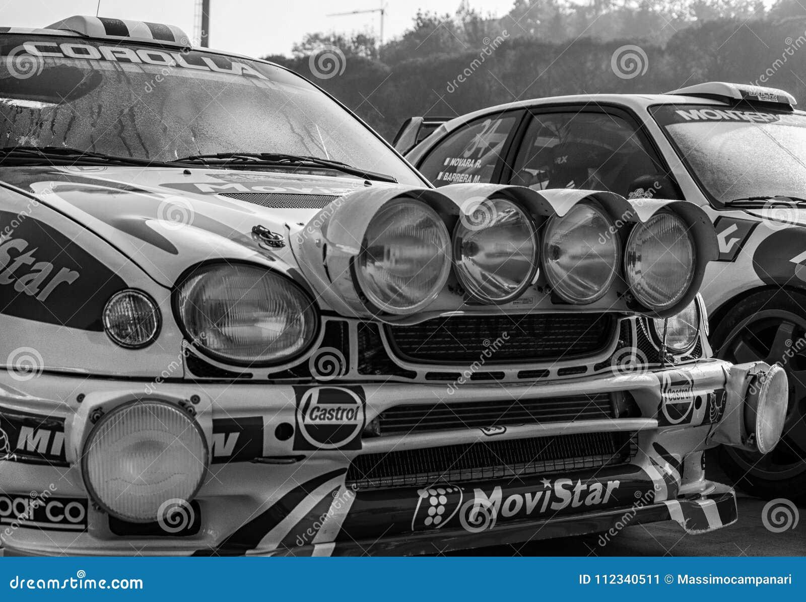 TOYOTA COROLLA WRC 1998 in oude raceauto verzamelt de LEGENDE 2017 het beroemde historische ras van San MARINO