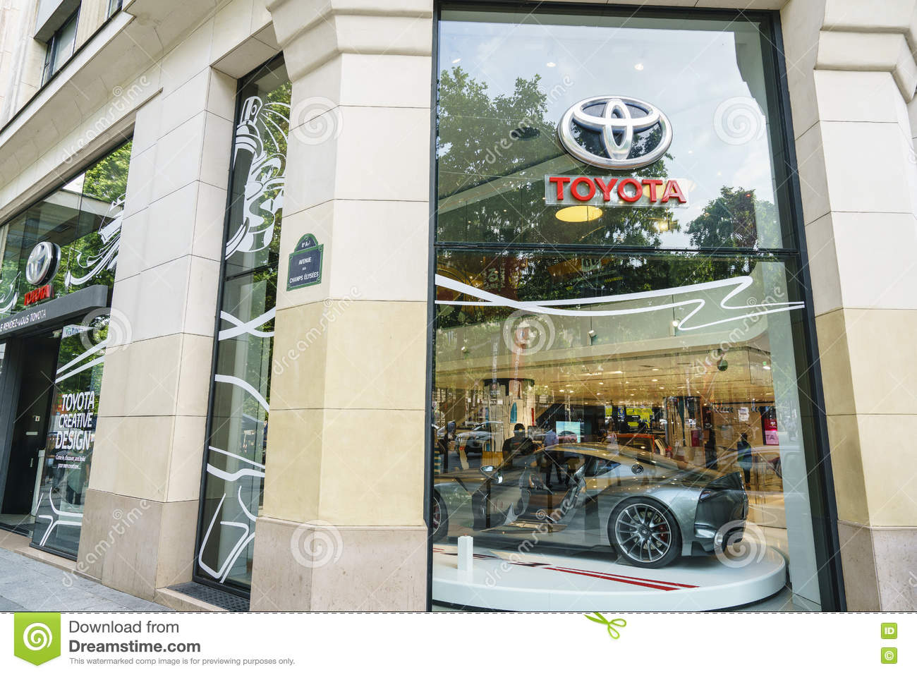 Toyota Of Paris >> Toyota Dealership Paris Editorial Image Image Of
