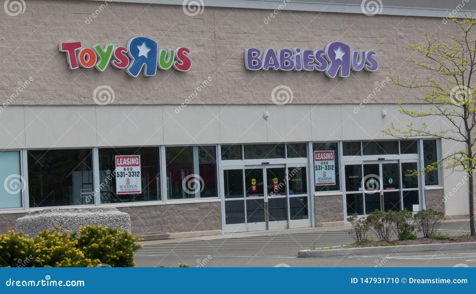 ToysRus i Norwalk, CT för arrende, når att ha gått ut ur affär