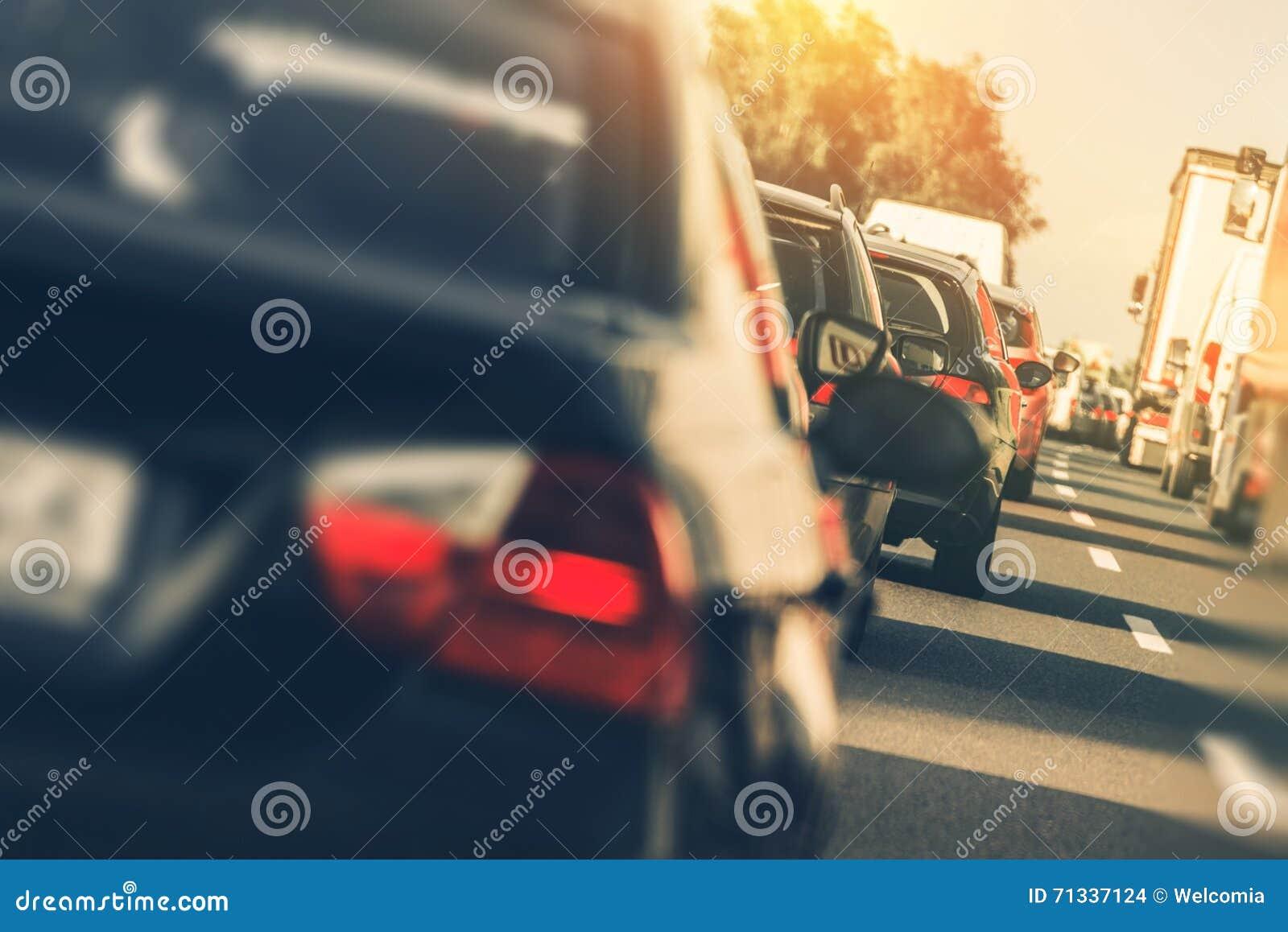 Tráfico pesado de la carretera
