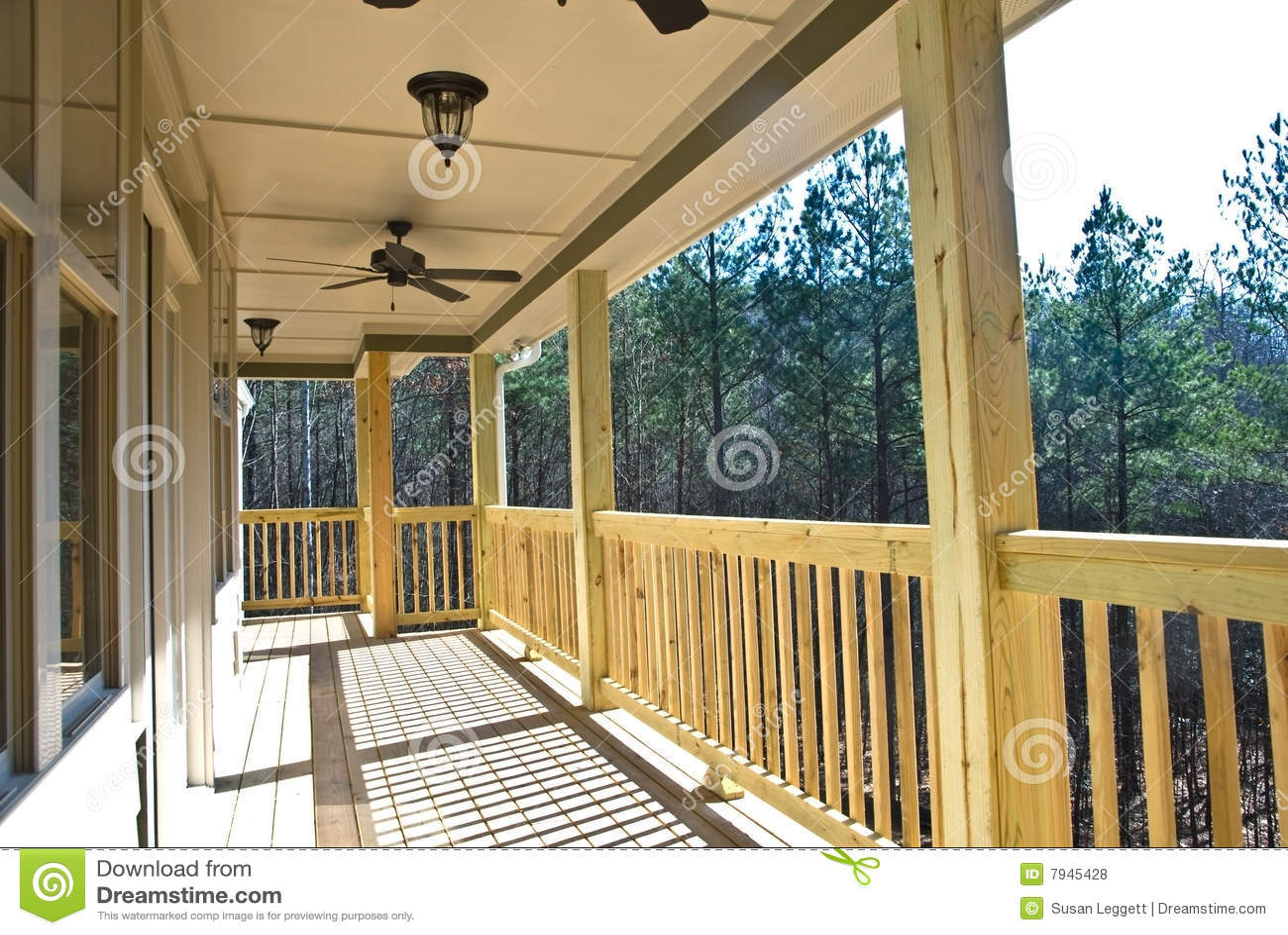 Trä för däckshusfarstubro
