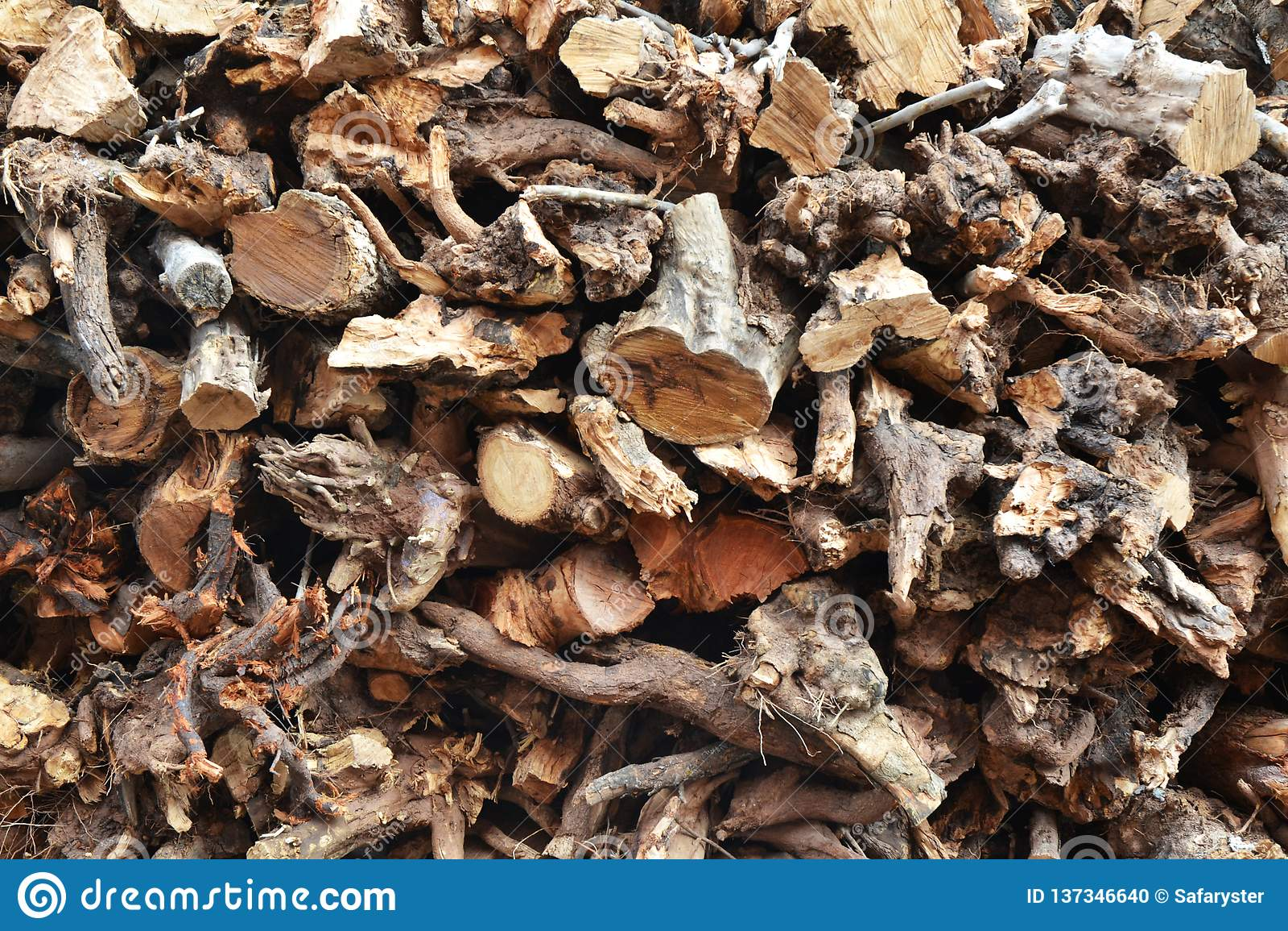 Trä för traditionell brödugn