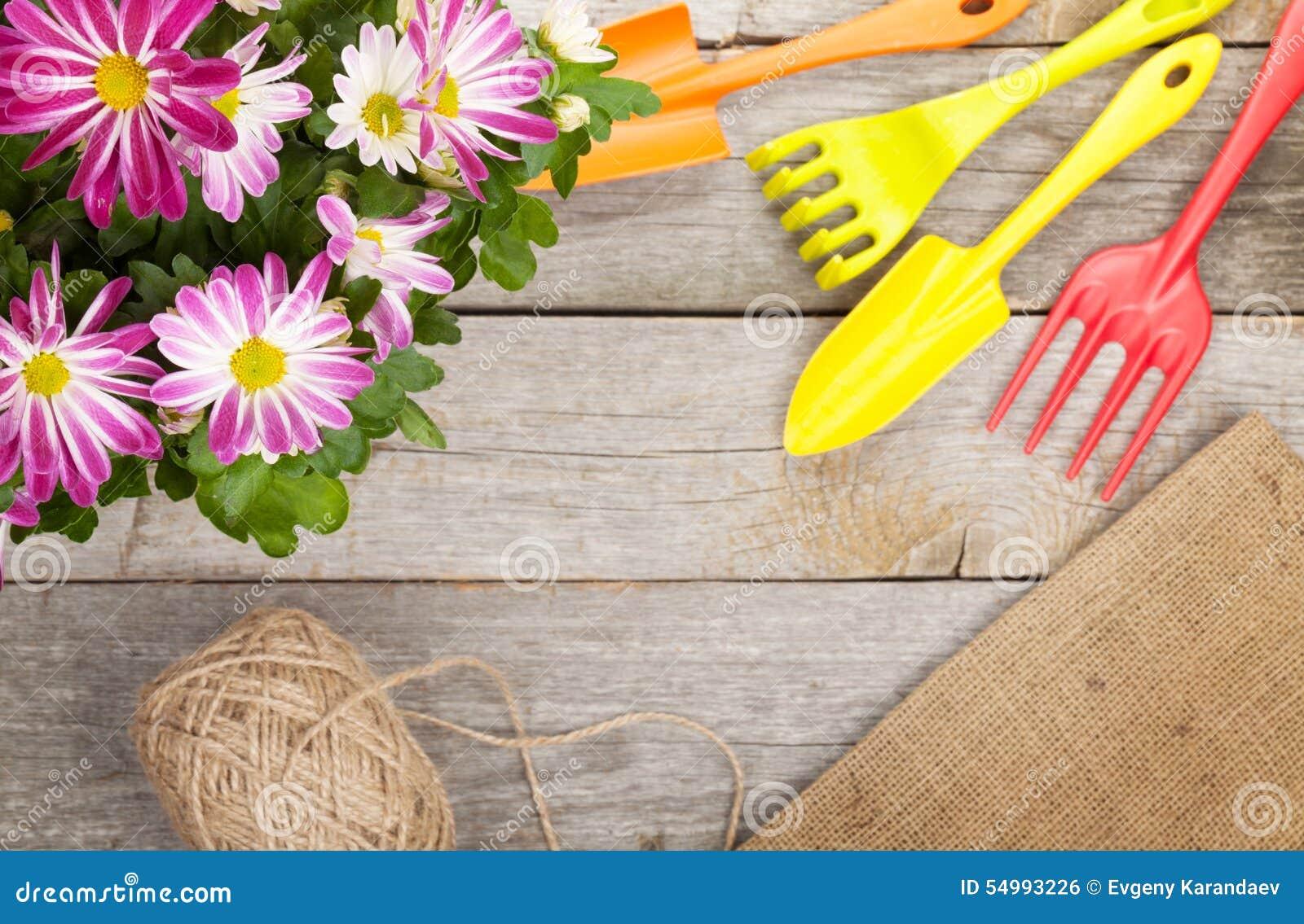 Trädgårds- hjälpmedel med blomman