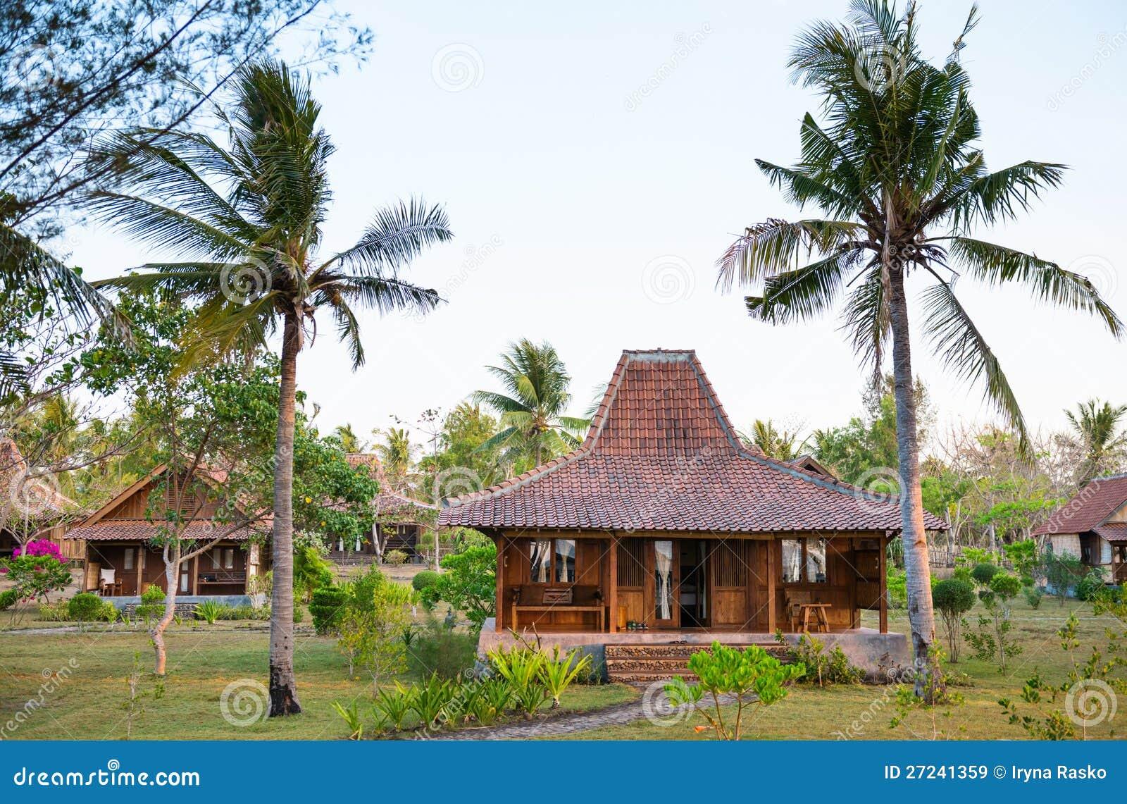 Trähus i tropiskt klimat