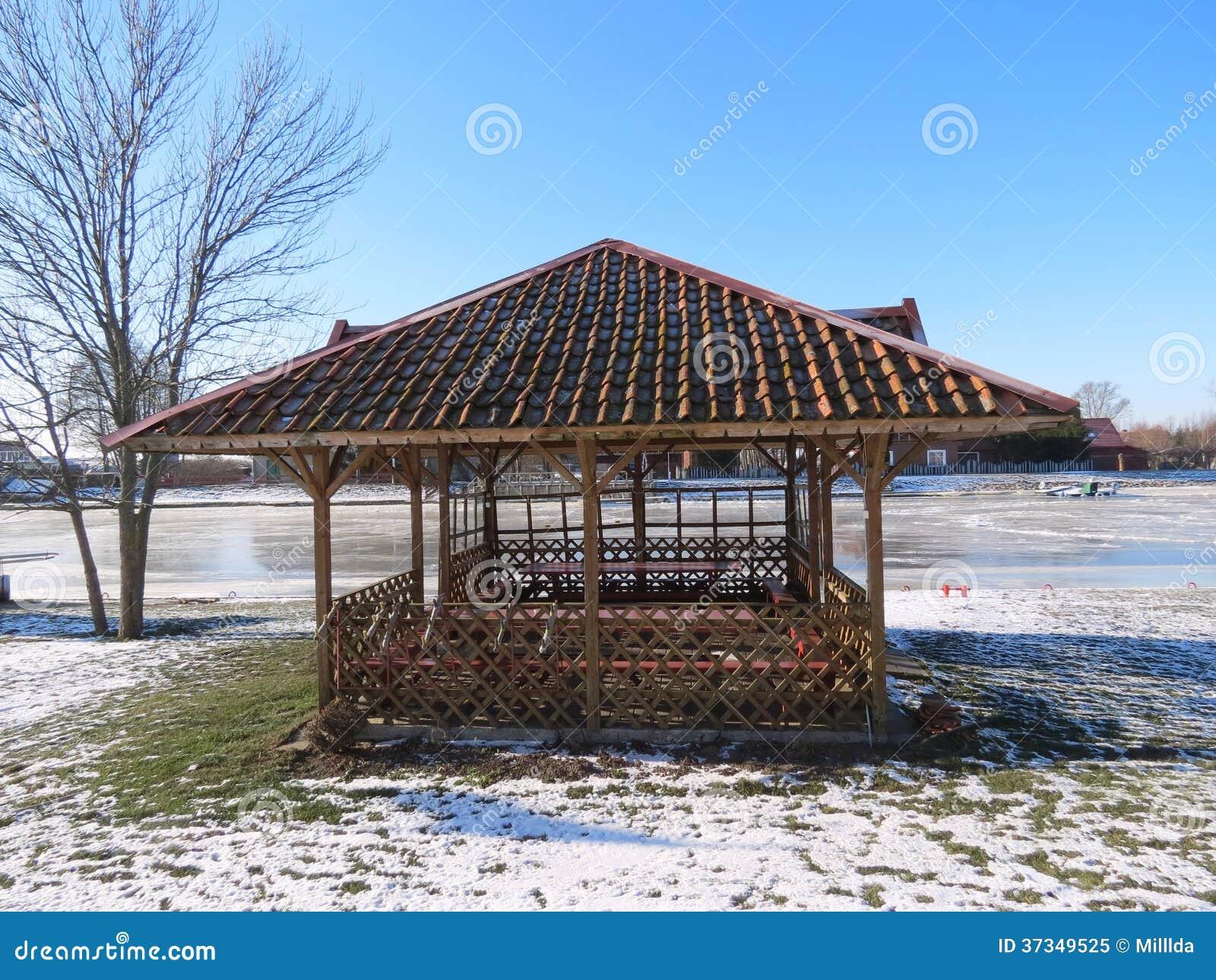 Träsummerhouse