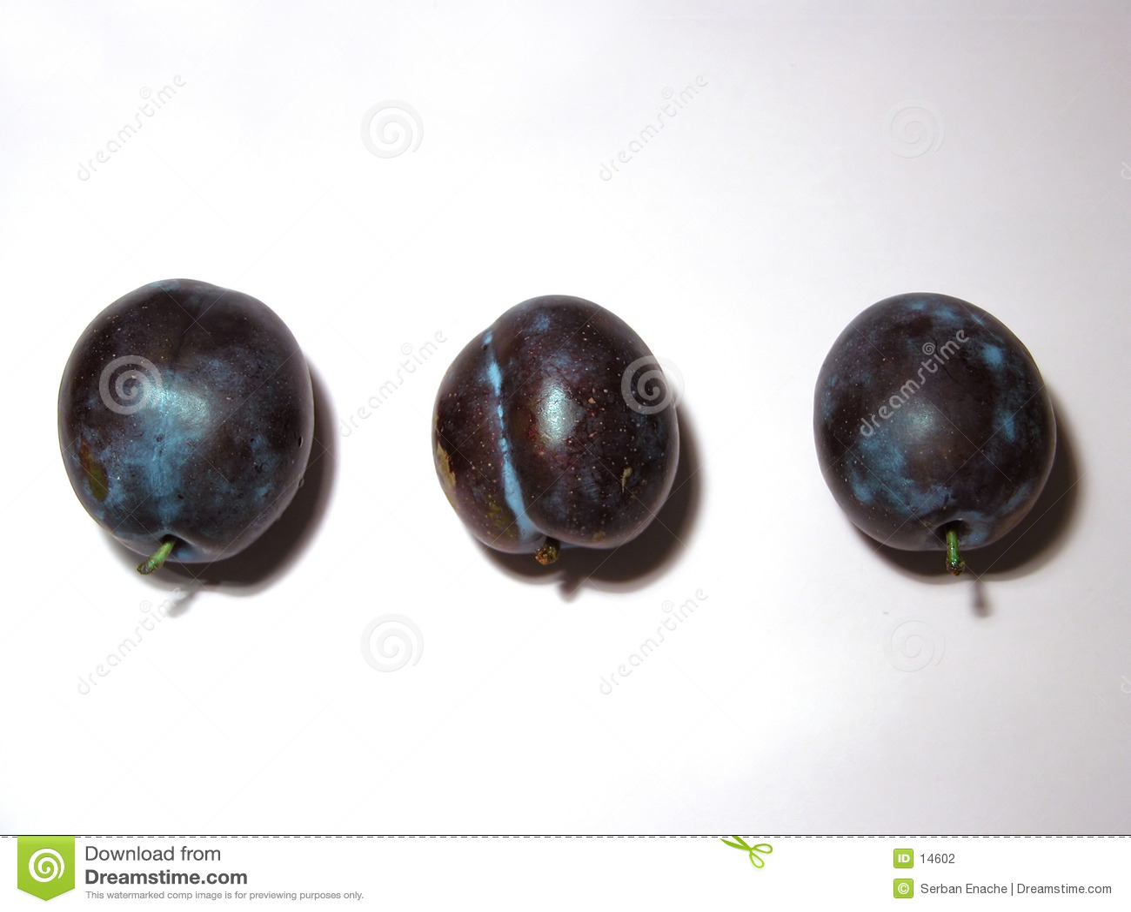 Três ameixas