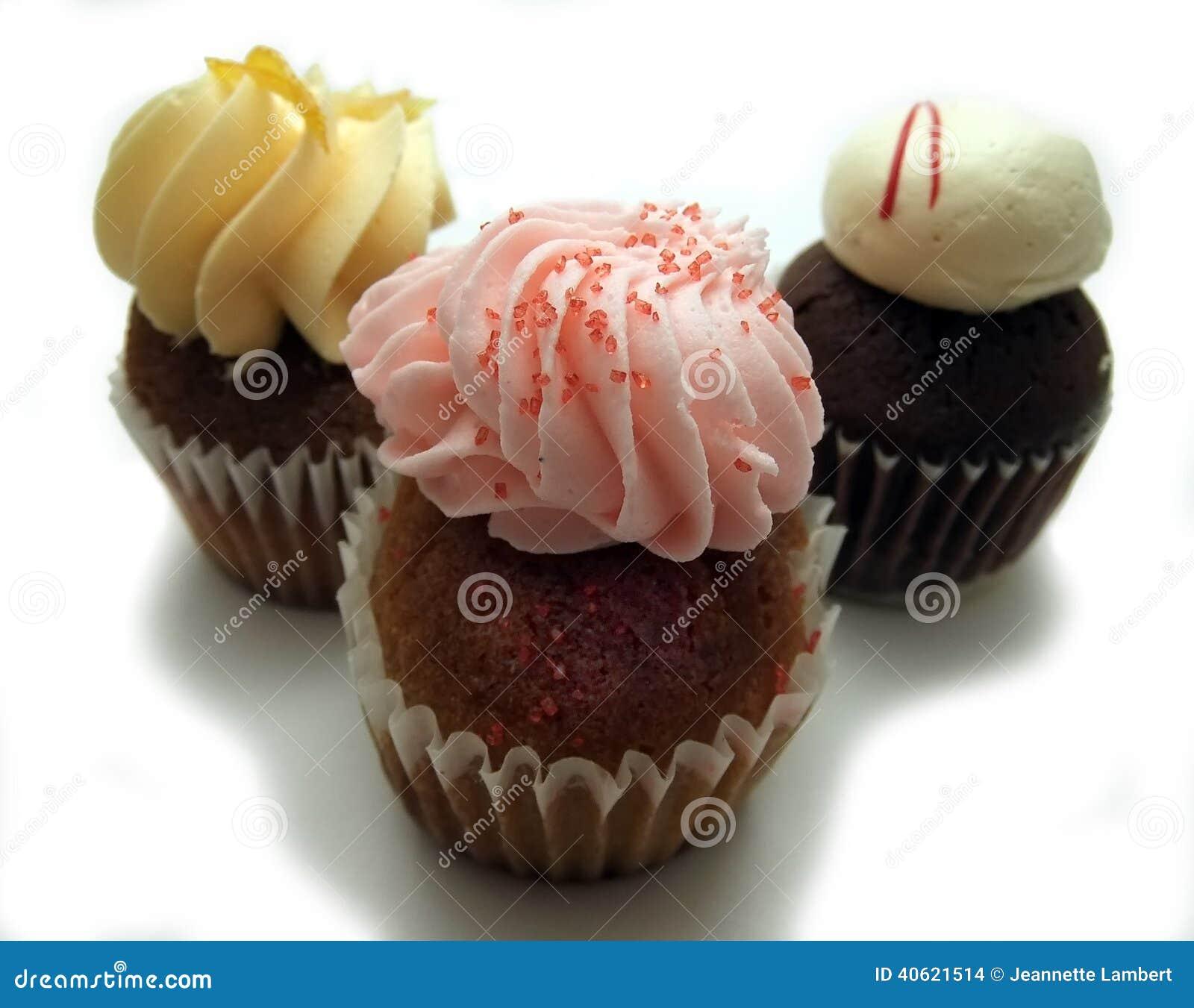 Três mini queques