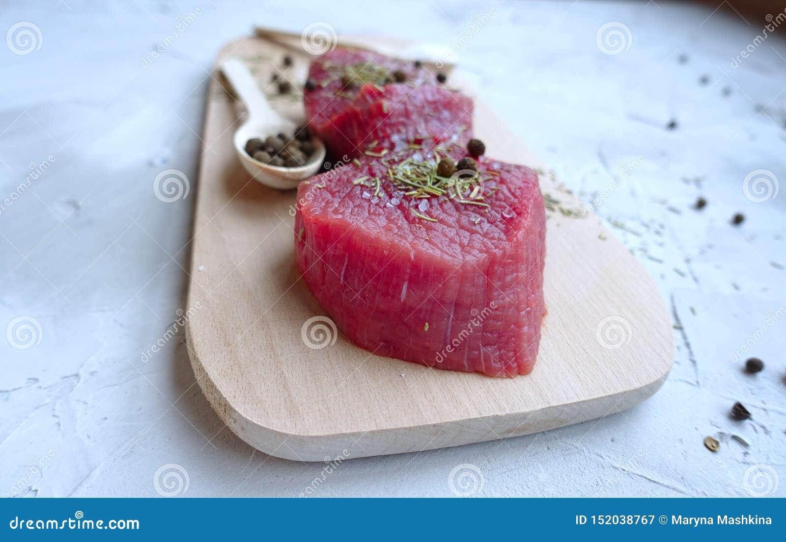 Tr?ny meat f?r br?de