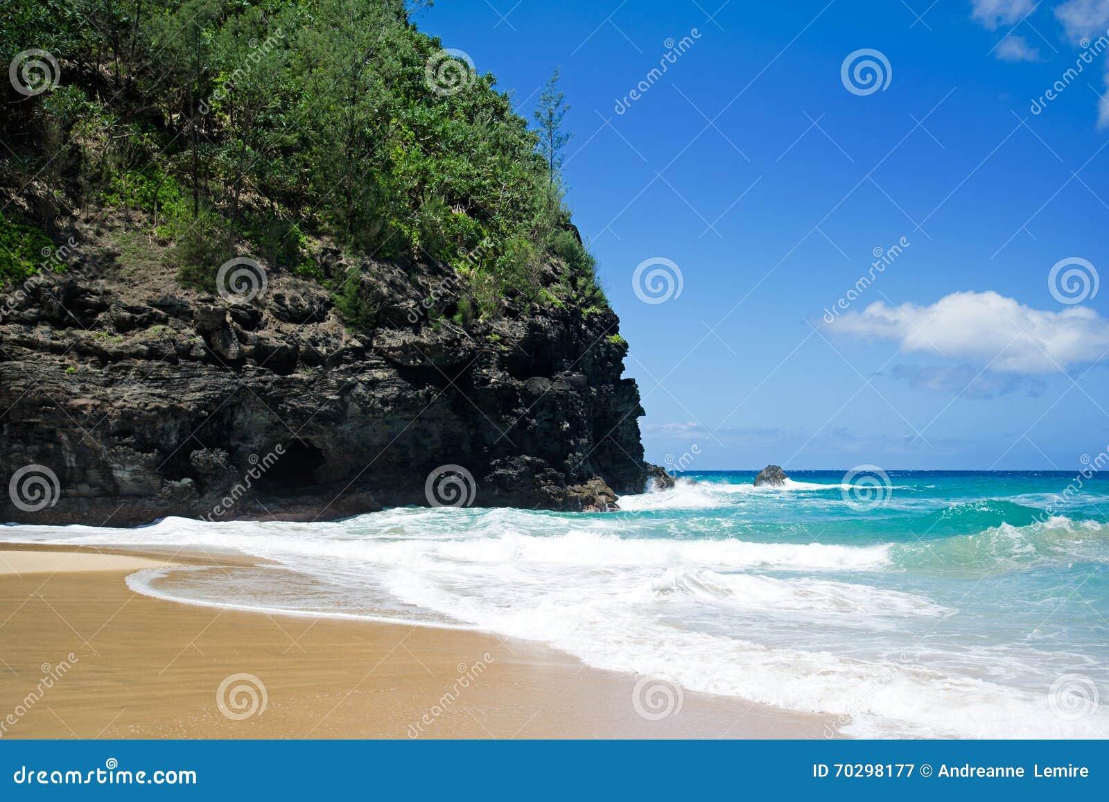 Traînée de Kalalau de plage, Kauai