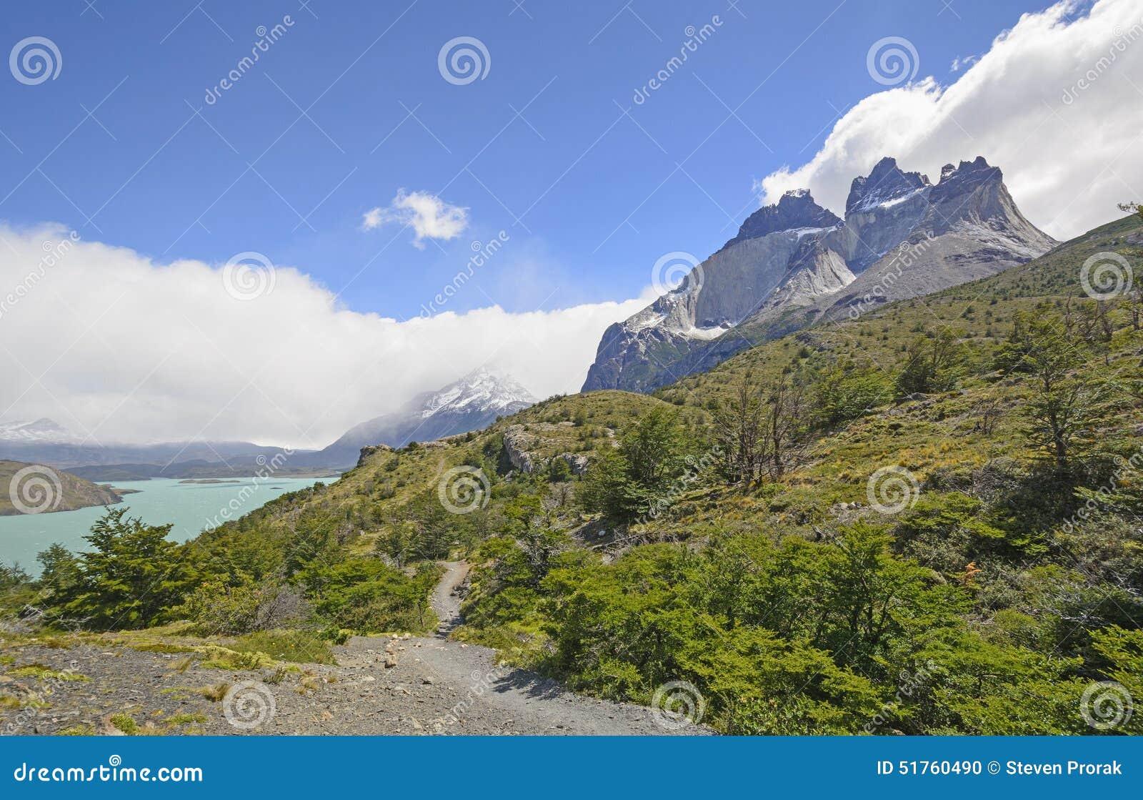 Traînez dans les montagnes à distance