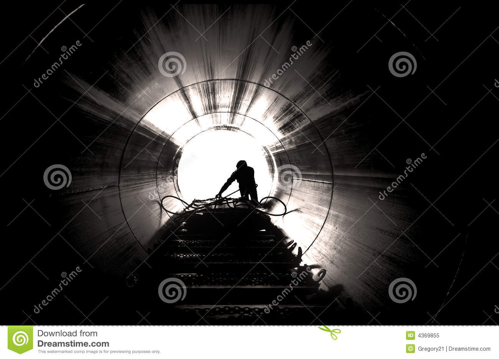 Trabajador en sitio industrial