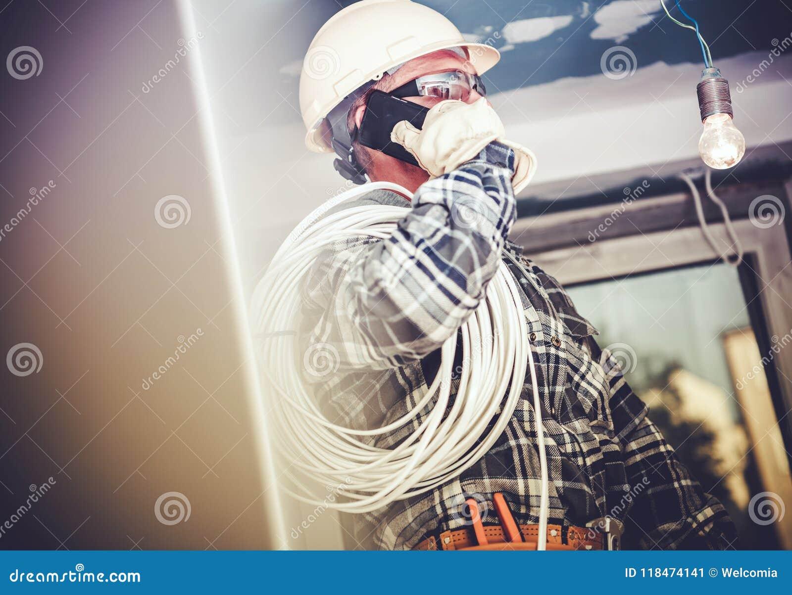 Trabajo eléctrico del contratista