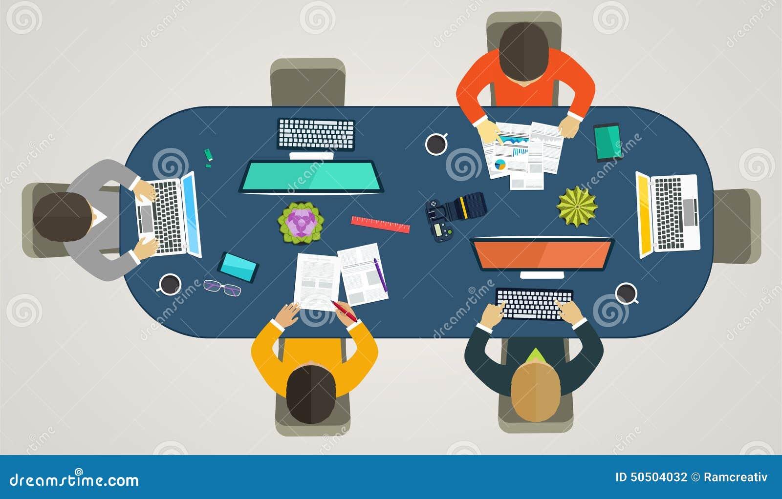 Trabajo En Equipo Para Los Ordenadores En Línea Estrategia
