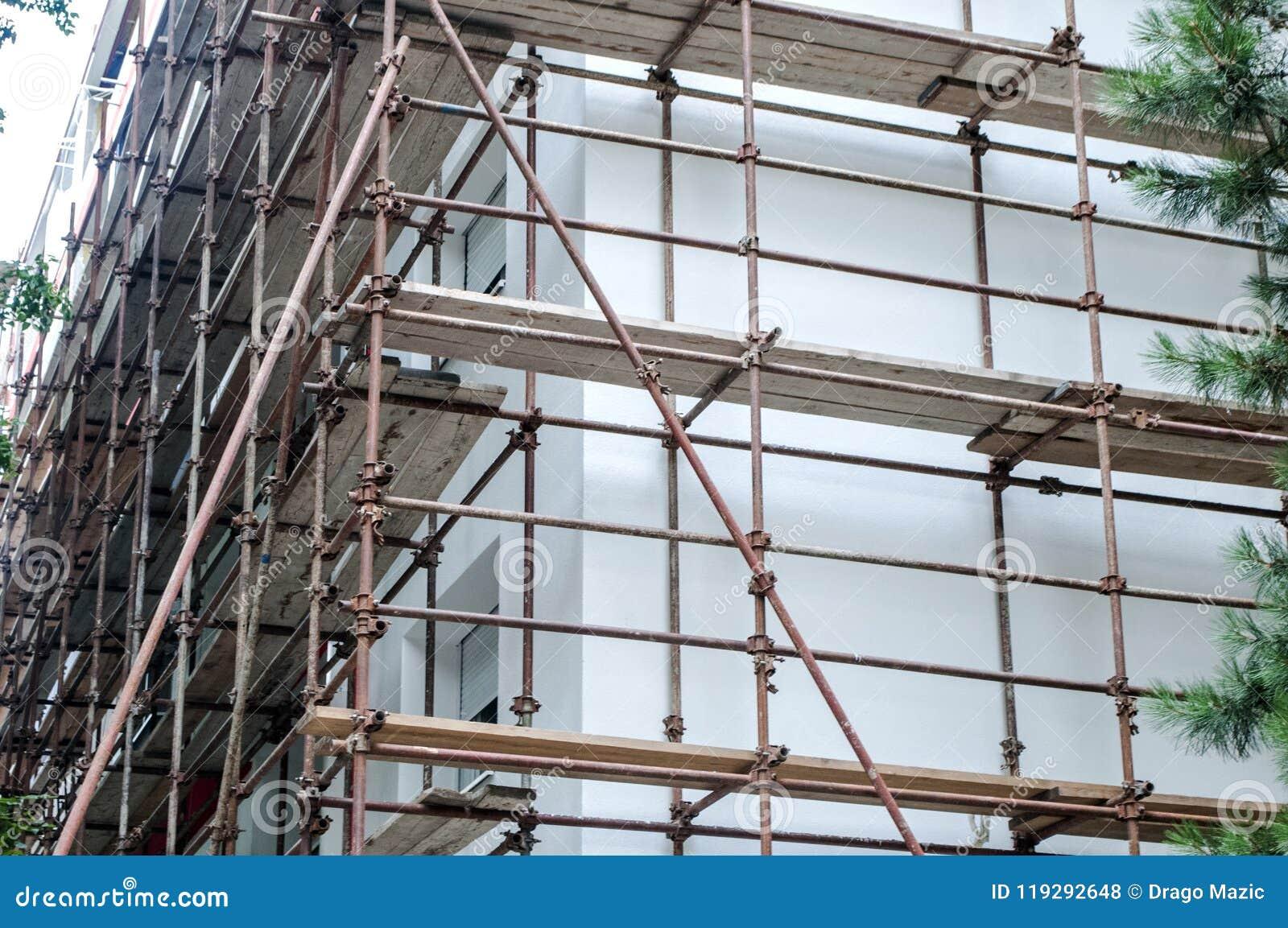 Trabajos sobre el edificio