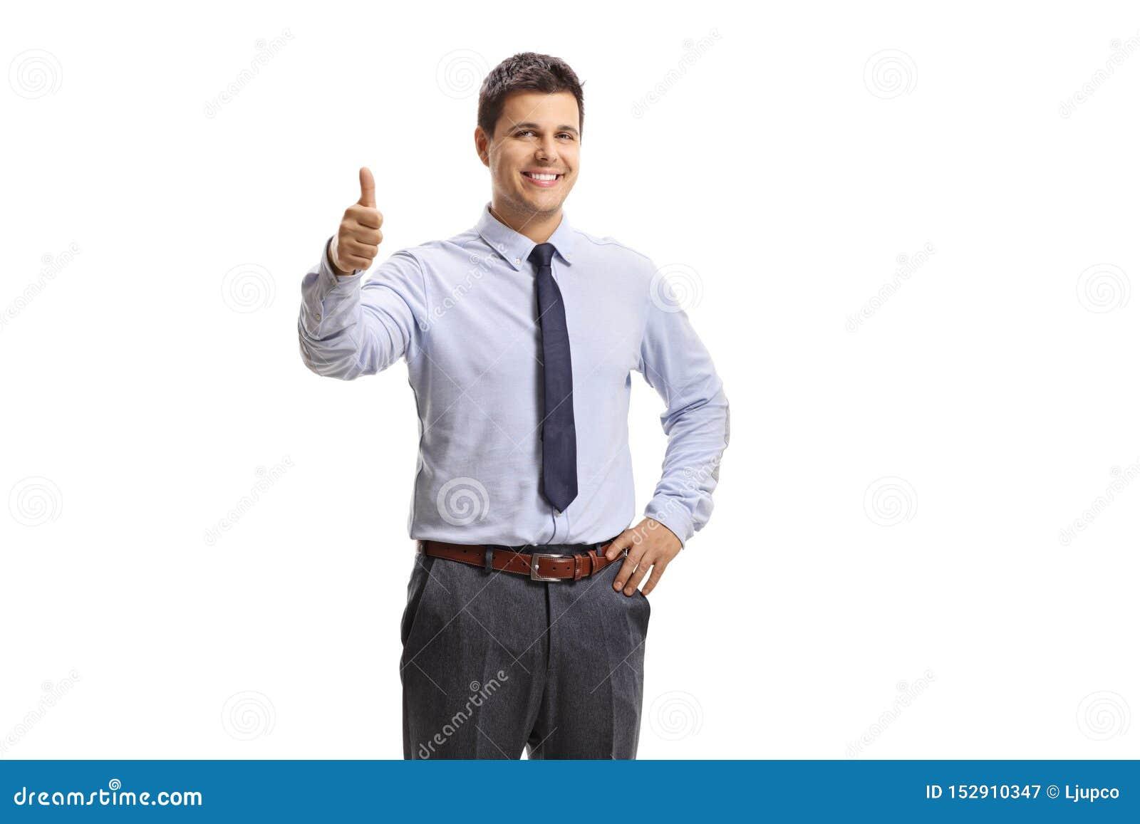 Trabalhador masculino do colar branco alegre que mostra os polegares acima