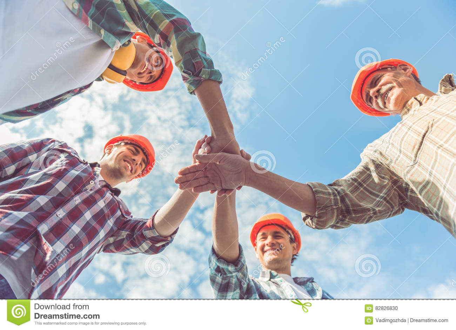 Trabalhadores da indústria da construção civil