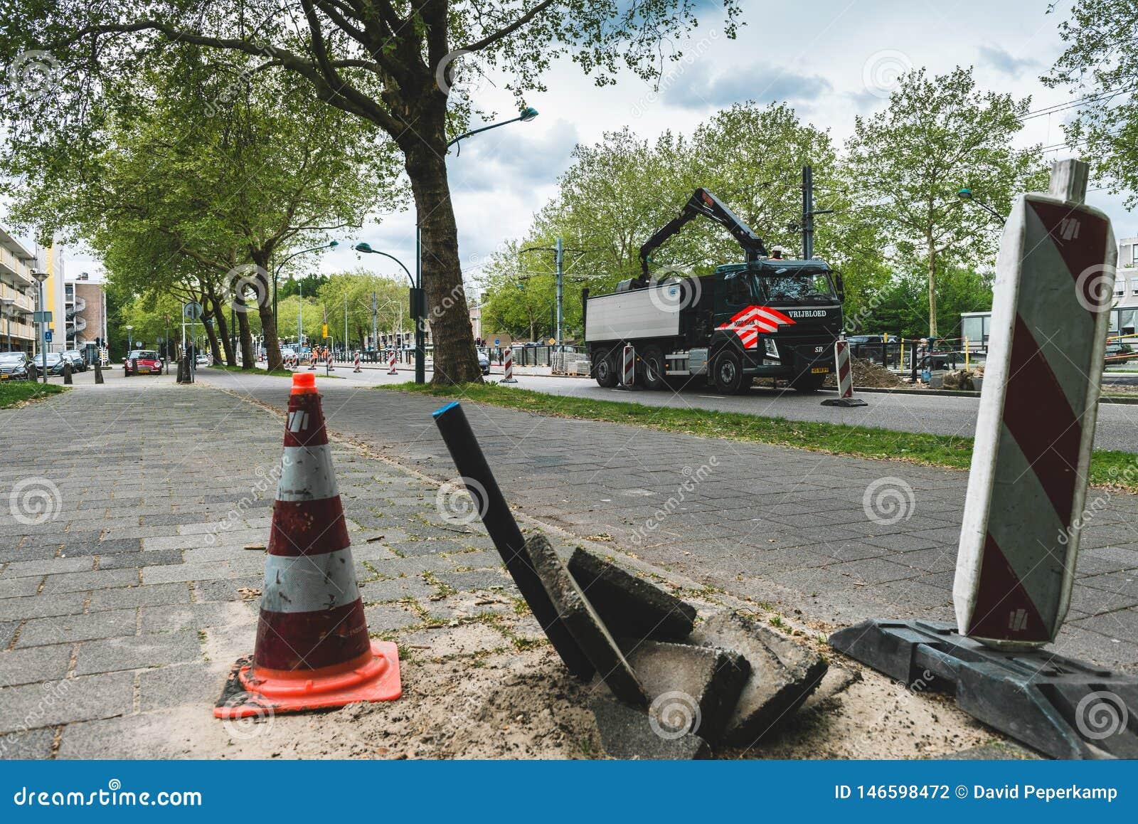 Trabalho na estrada Amsterd?o Buitenveldert