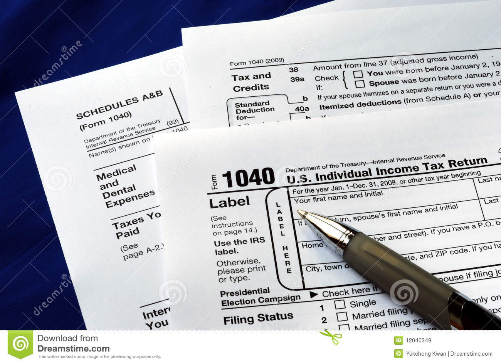 Trabalho no imposto de renda 1040 de Estados Unidos