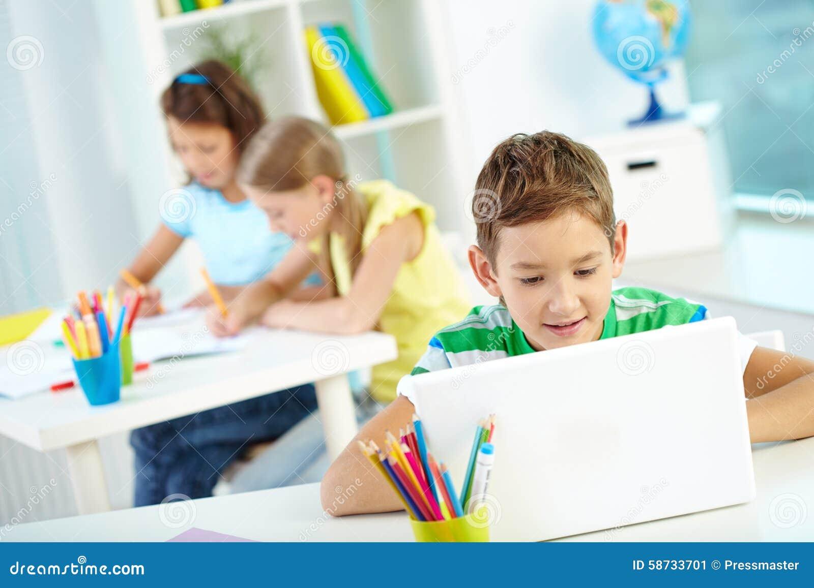 Trabalhos em rede da estudante