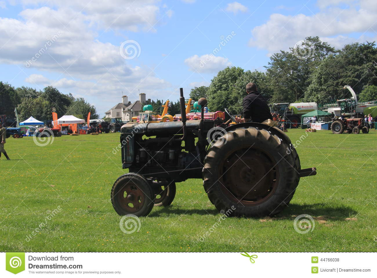 Tractor Parade Seat : Tractor id parade editorial stock photo image of farmers