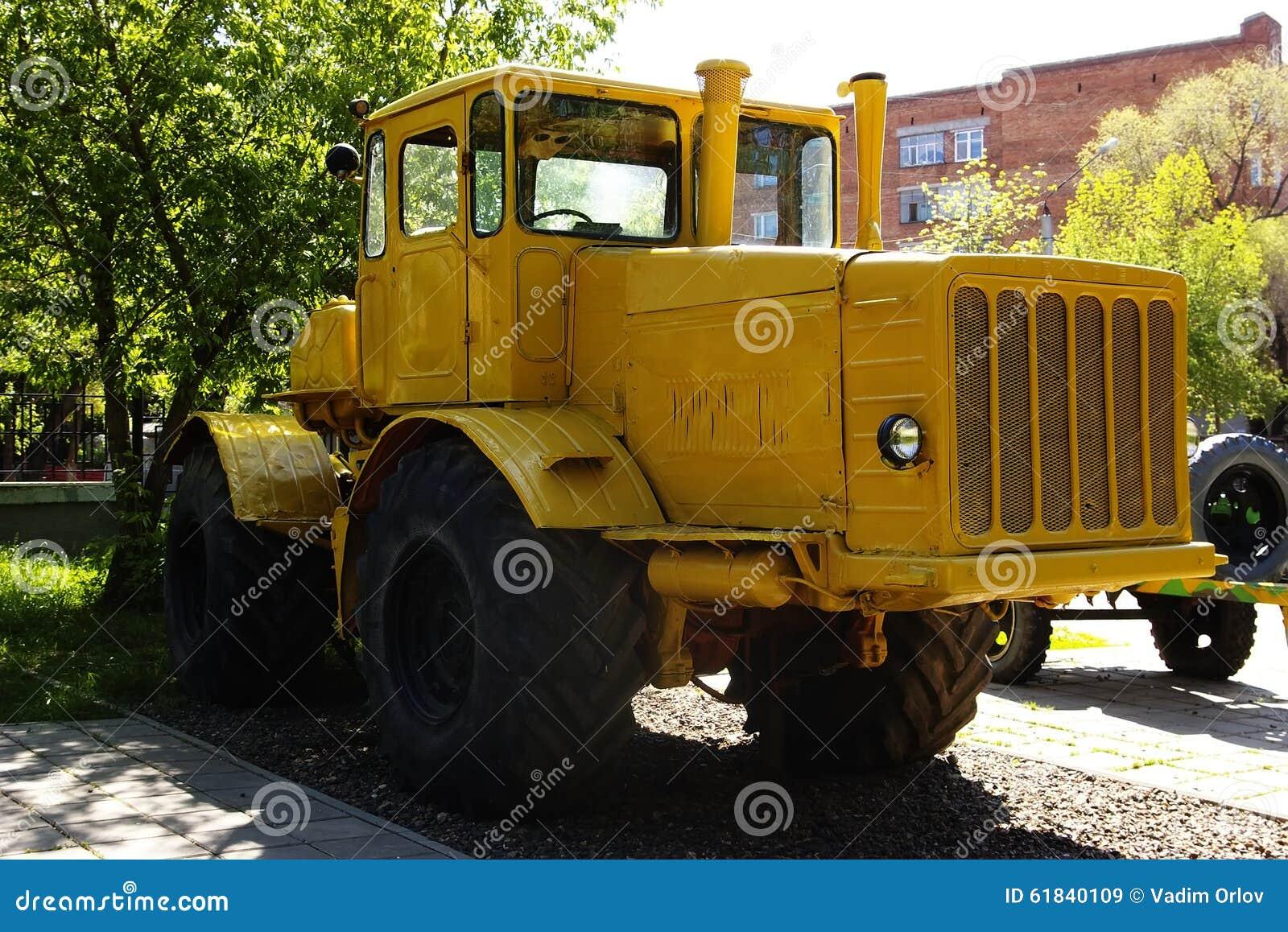 tractor k 700 kirovets stock photo image 61840109. Black Bedroom Furniture Sets. Home Design Ideas
