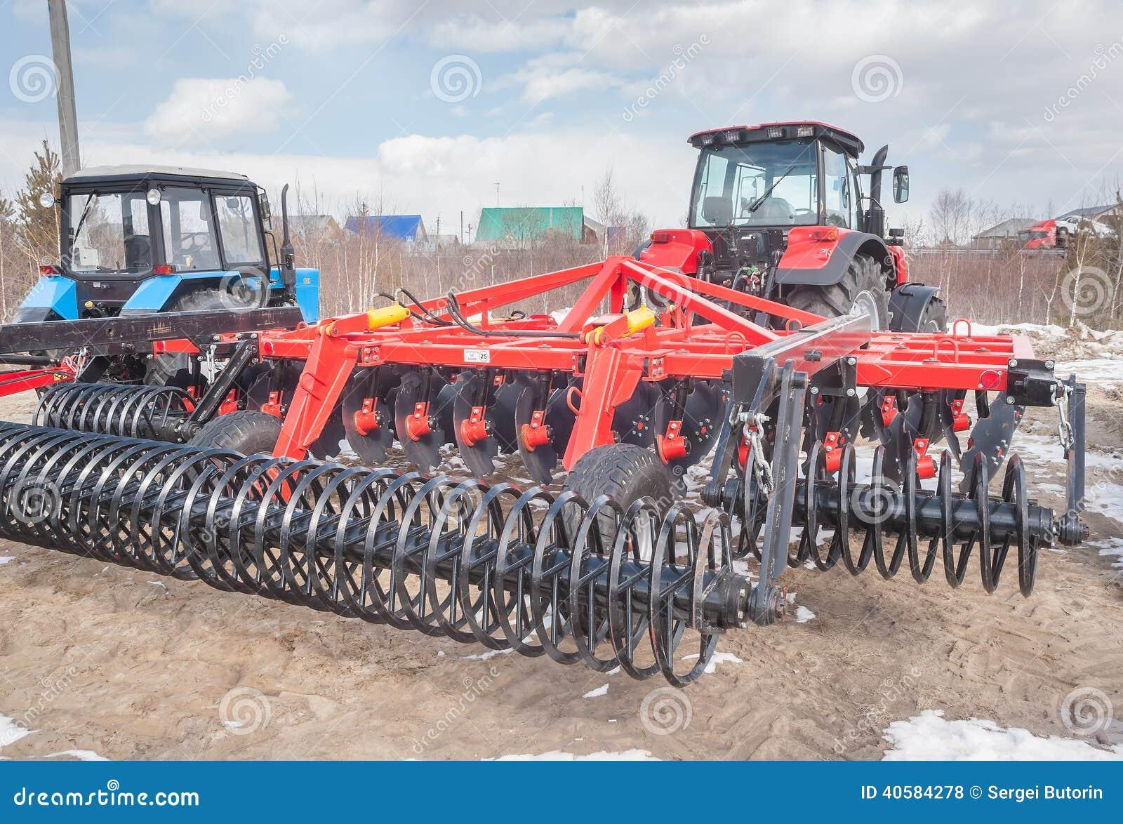 Tractor met scharnierend materiaal Tyumen Rusland