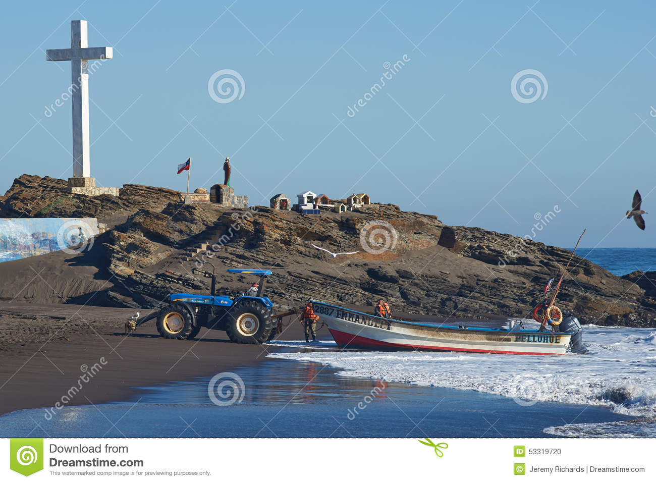 Tractor Pull Boats : Tractor pulling fishing boat editorial image