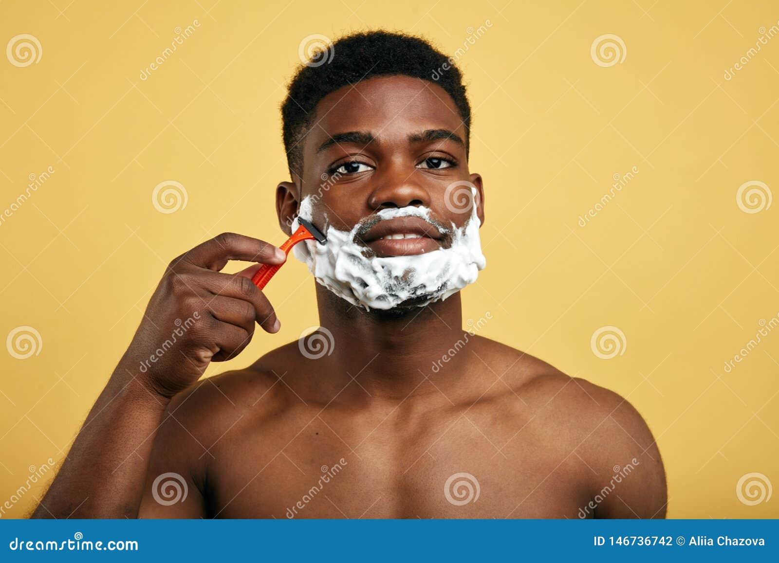 Tradaitional刮胡子 r 取消头发的质量奶油