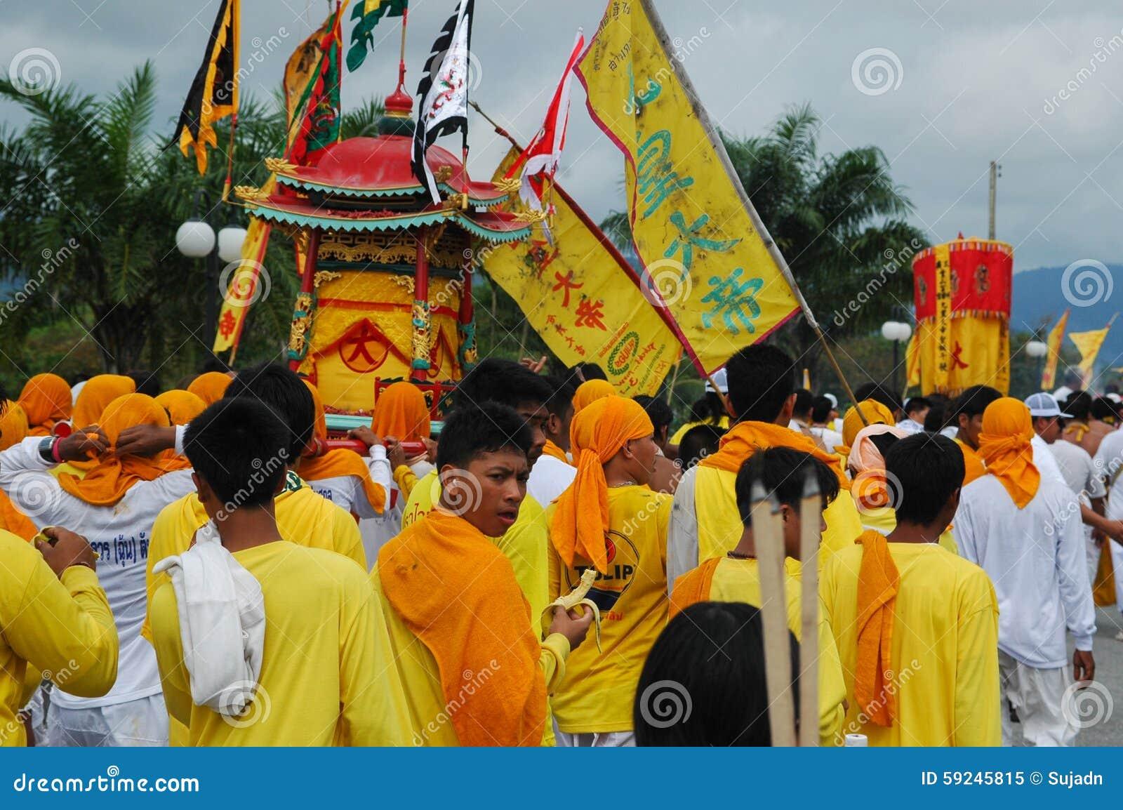 Tradición provincial del festival vegetariano de Phuket